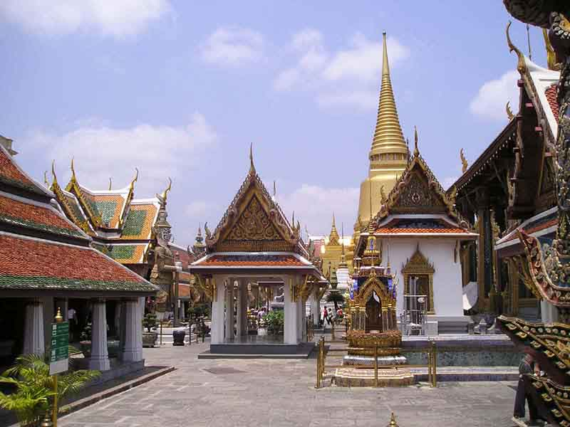Wat Phra Kaeo Themple of the Emeral Buddha