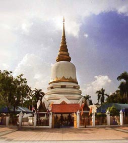 Wat Phra Si Mahathat, Bangkok, Thailand
